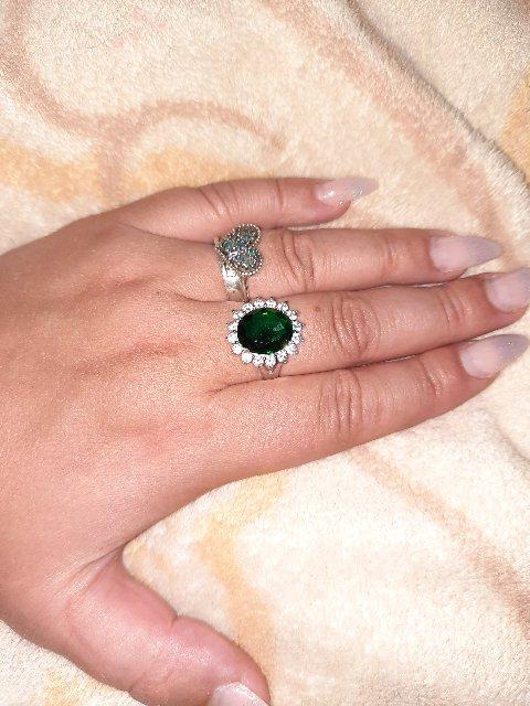 ...кольцо с фианитами