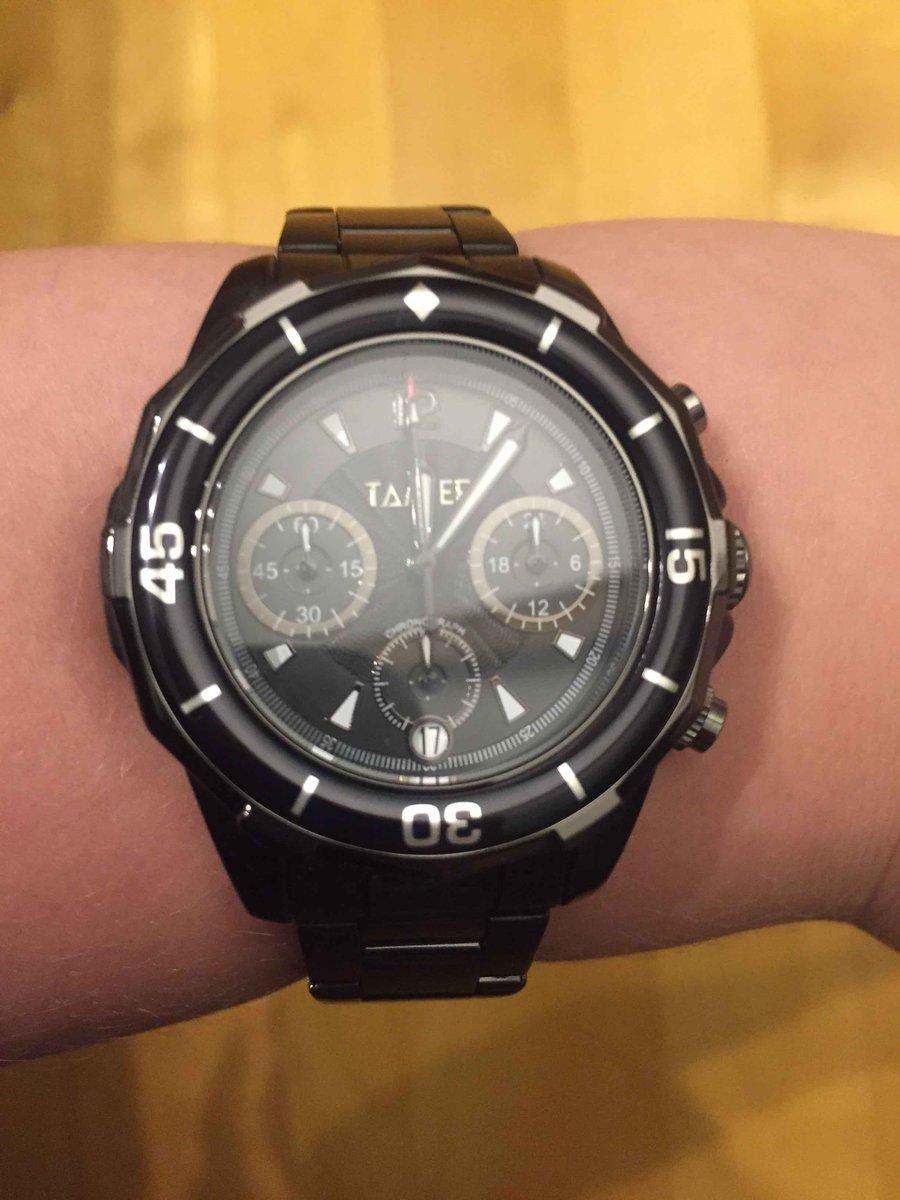 Подарила сынк часы