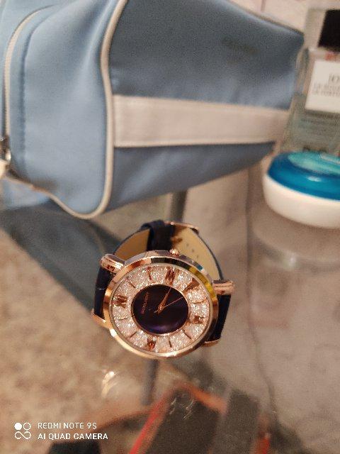 Очень понравились часы. в синем цвете.