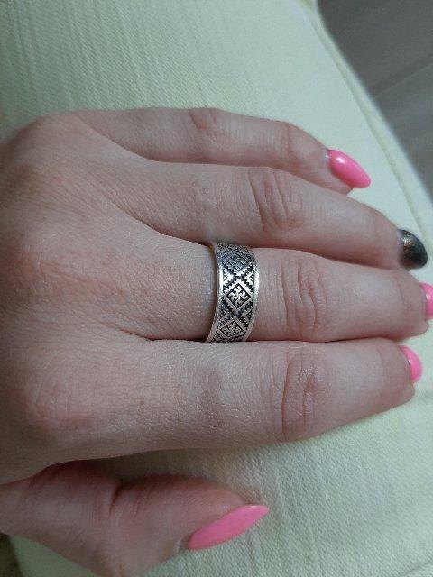Кольцо красивое и удобное