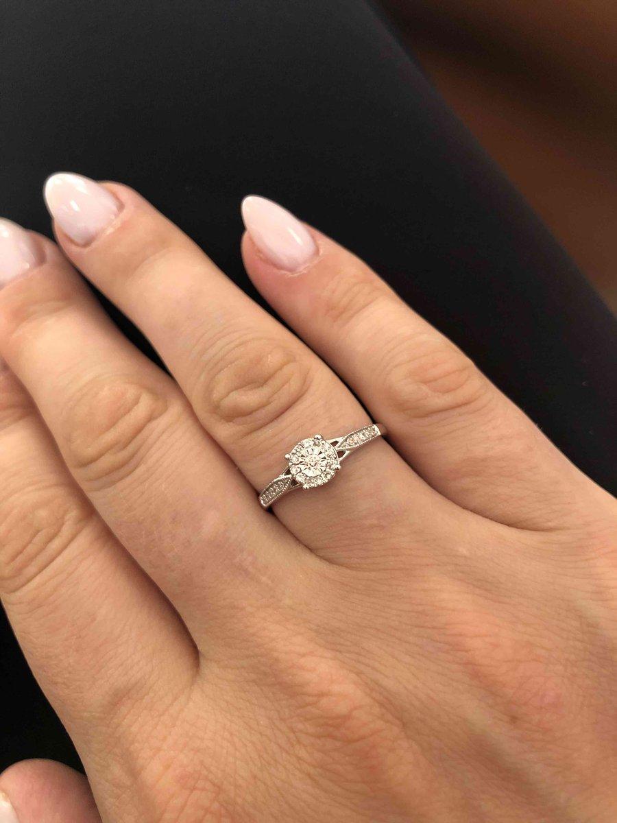 Милое нежное и очень красивое кольцо