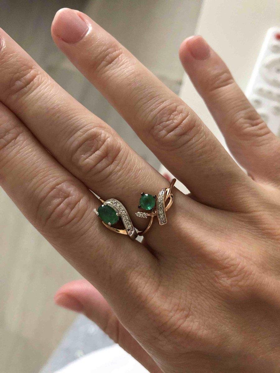 Давно искала кольцо к серьгам, с цветностью и размером камня
