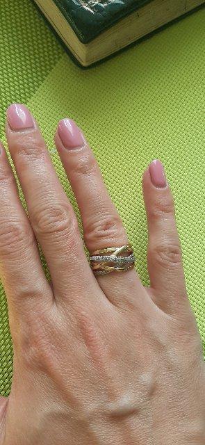 Красивое, эффектное   кольцо