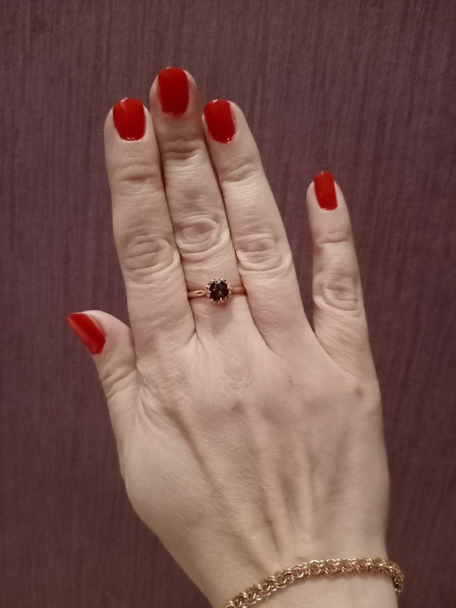 Кольцо с рахутопазом