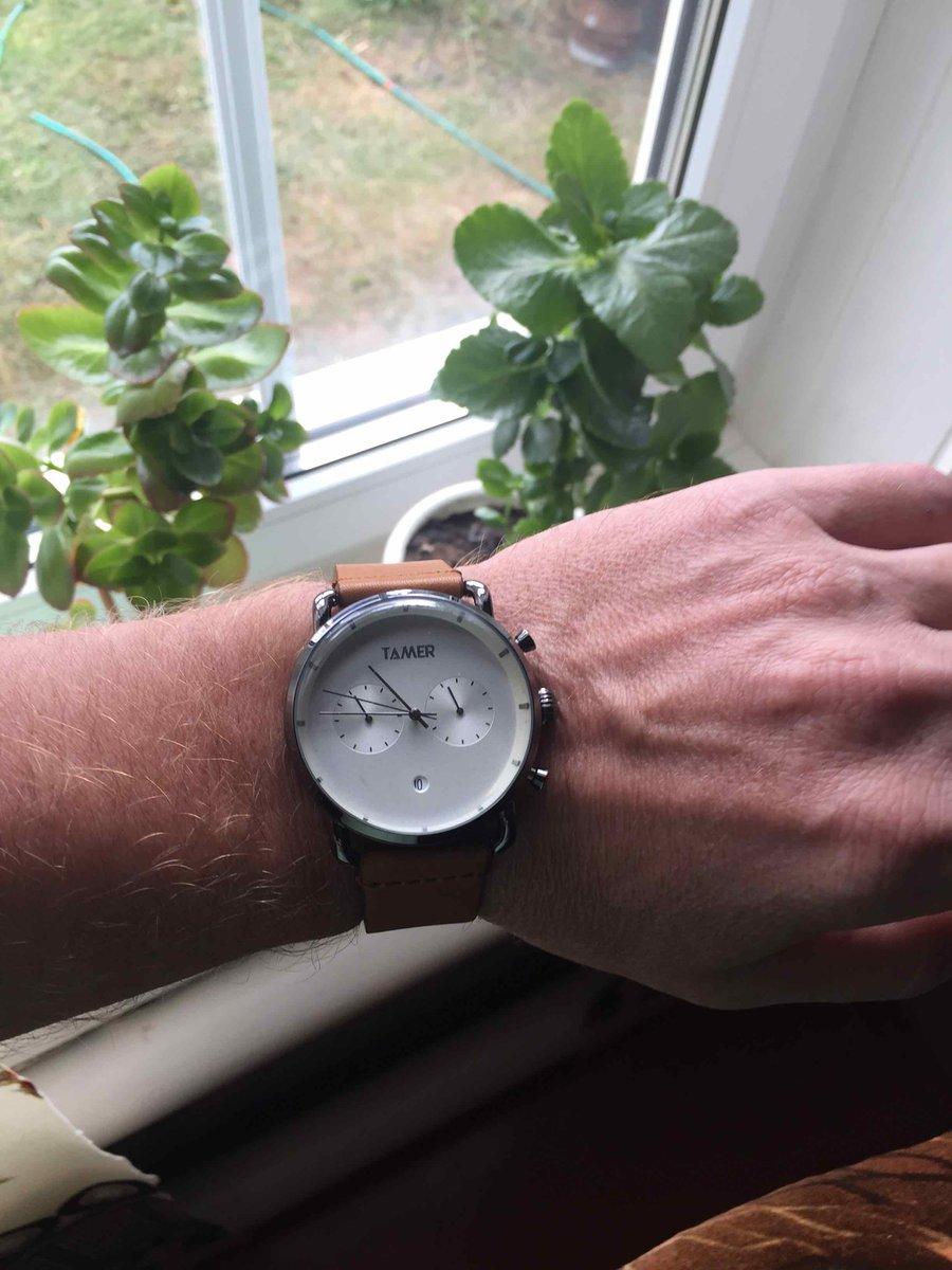 Хорошие часы за отличную цену!