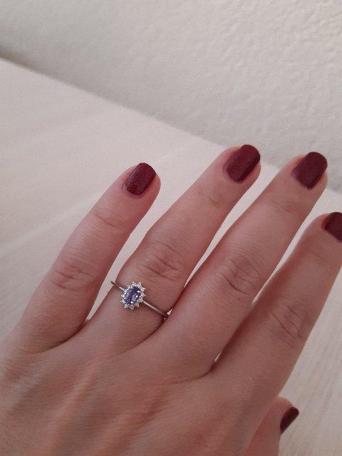 Кольцо с бриллиантиками и танзанитом