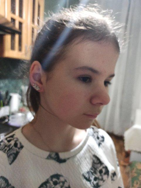 Очень необычные, стильные серьги, дочь влюбилась в них с первого взгляда)))