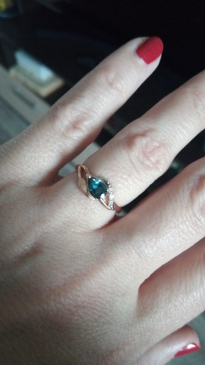 Кольцо с темным топазом
