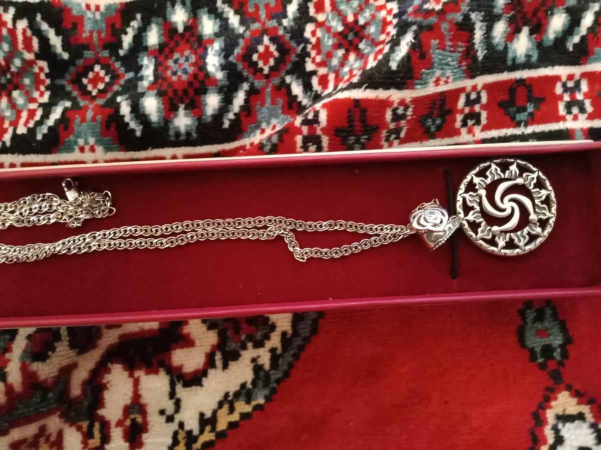 Отличная покупка- цепочка серебрянная, длинна 55см., проба 925.