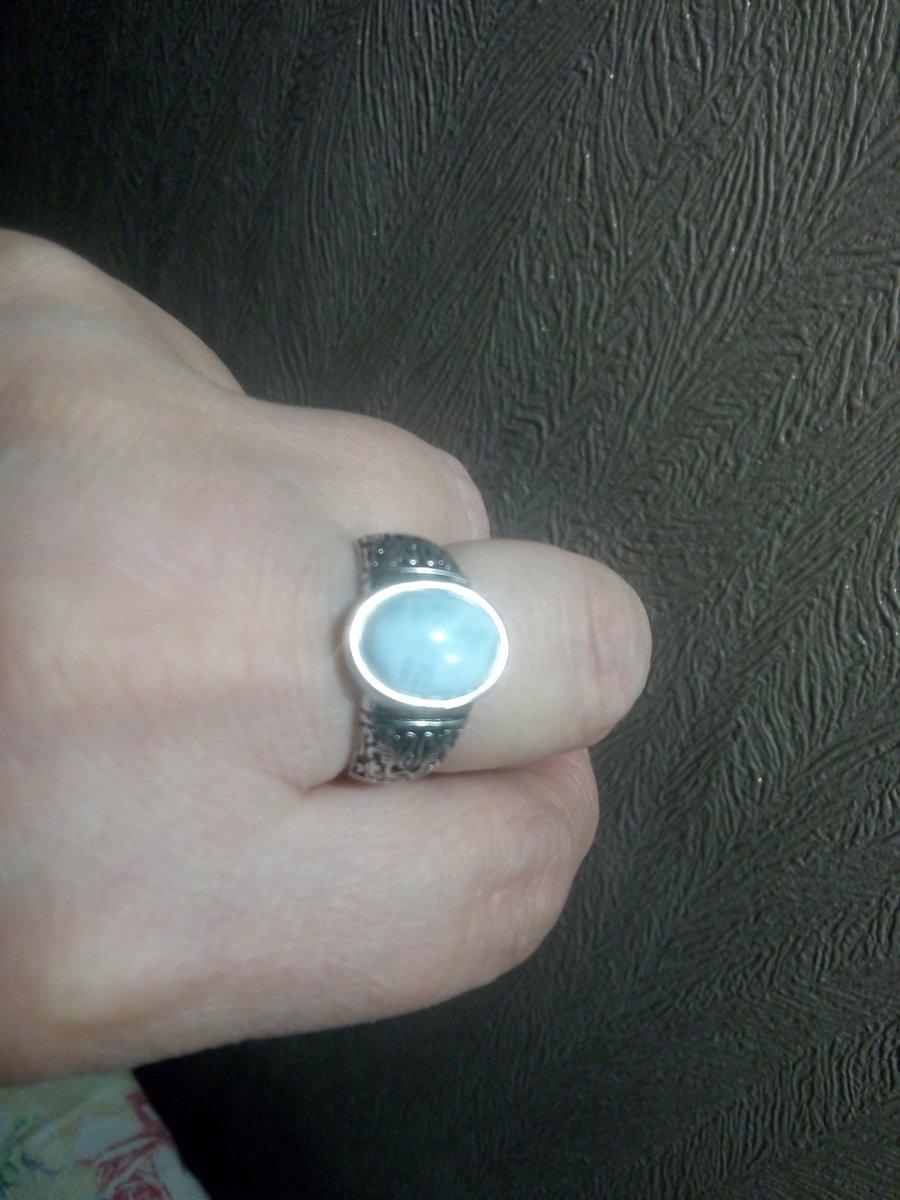 Моя прелесть!красивое,приятное на ощупь,загадочное кольцо! замечательное!