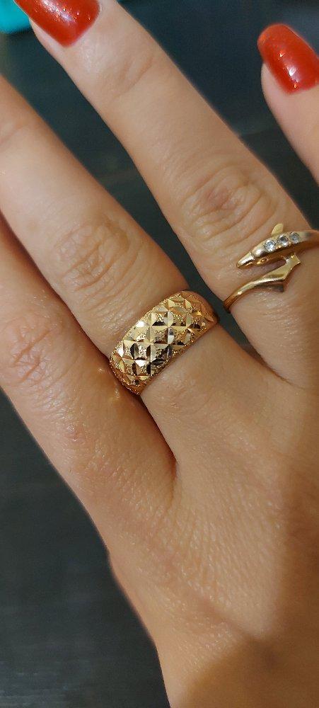 Золотое кольцо женское