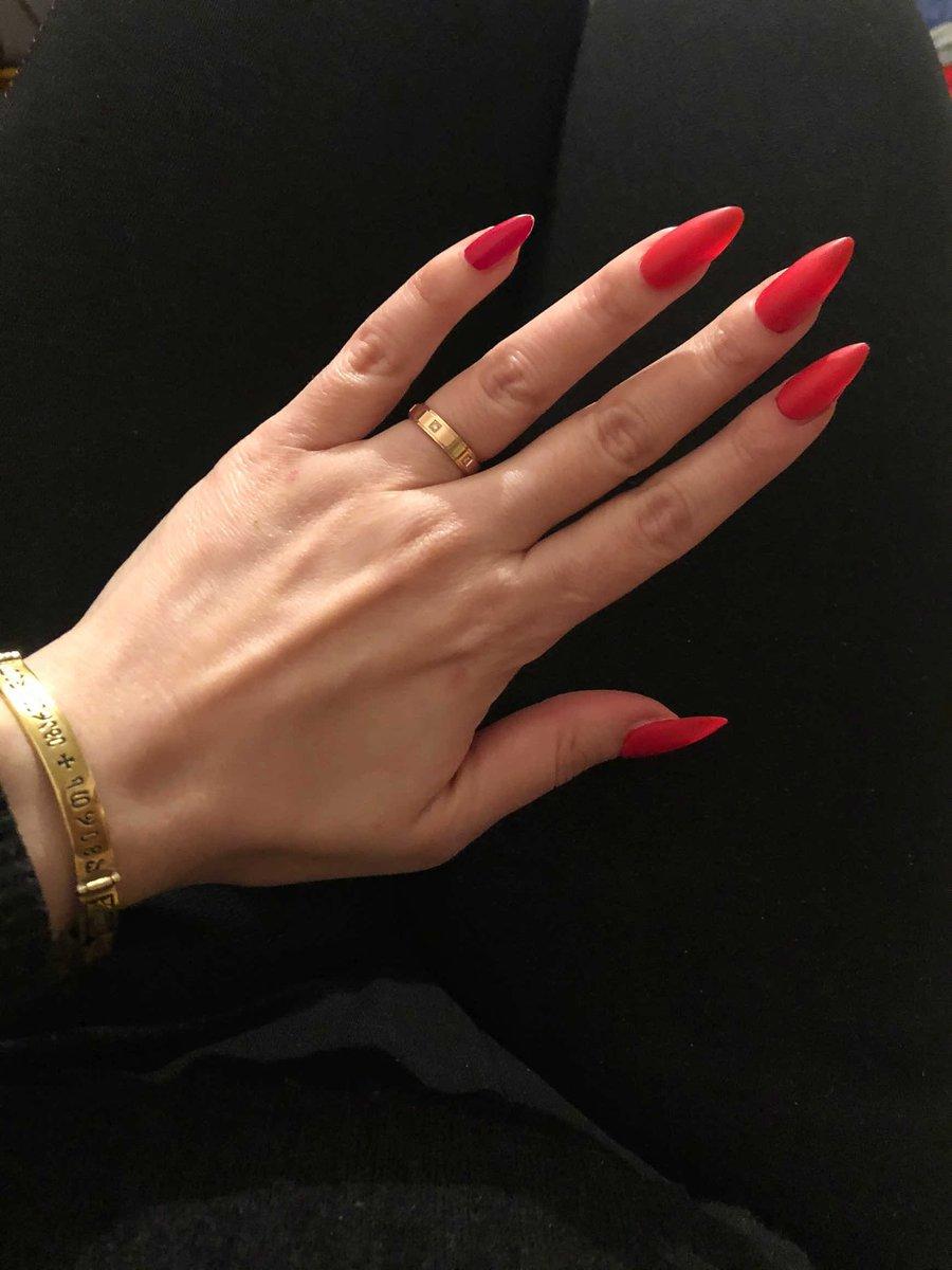 Кольцо очень стильное и дорого смотрится! из всего ассортимента оно 🔥