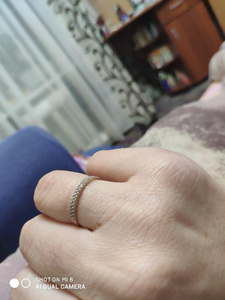 Кольцо купил в подарок и не пожалел.жена довольна.