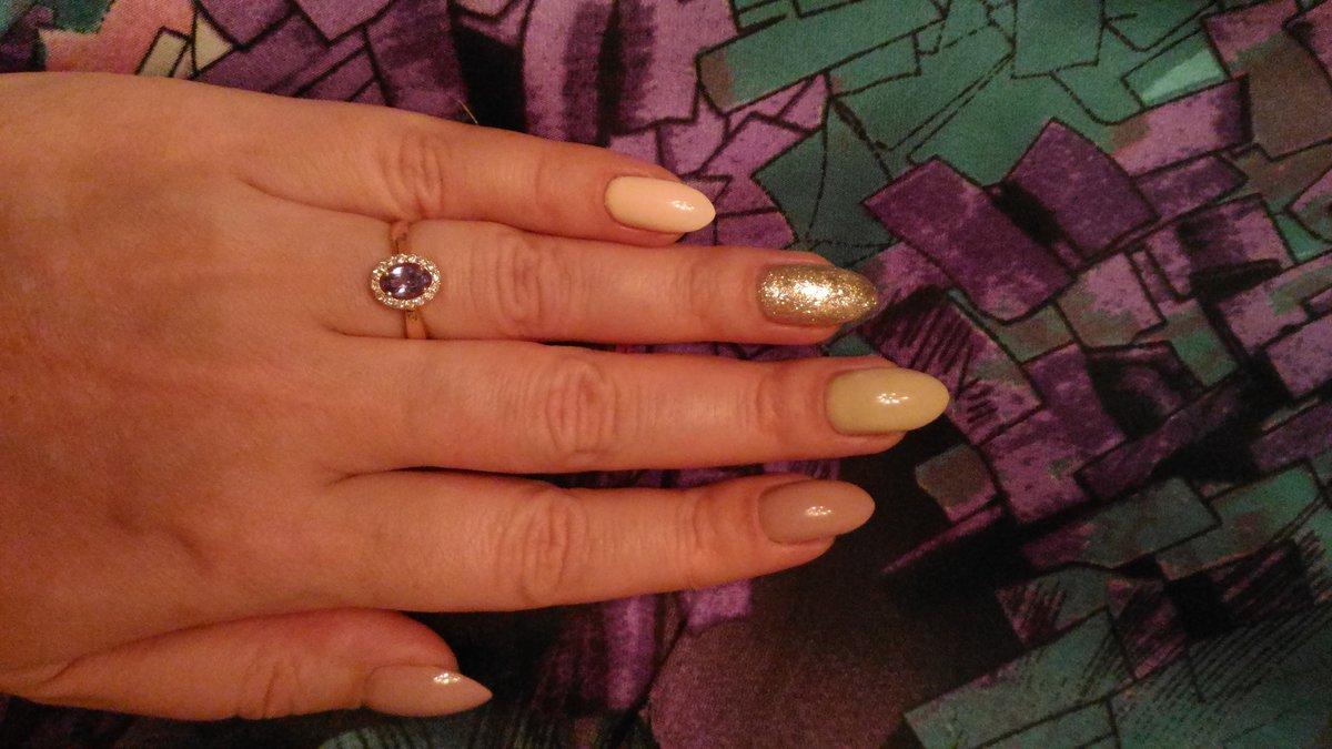 Танзанит, бриллианты, золото - это просто бомба!!!