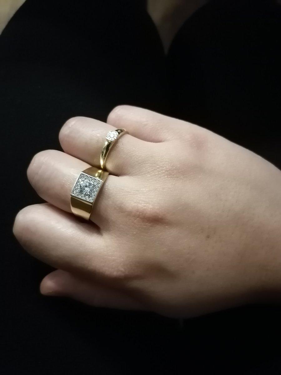 Золотое кольцо с фианитами 😍