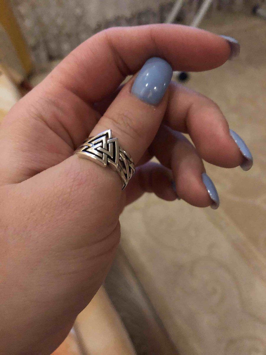 Кольцо которое меньше на 0,5 вашего размера