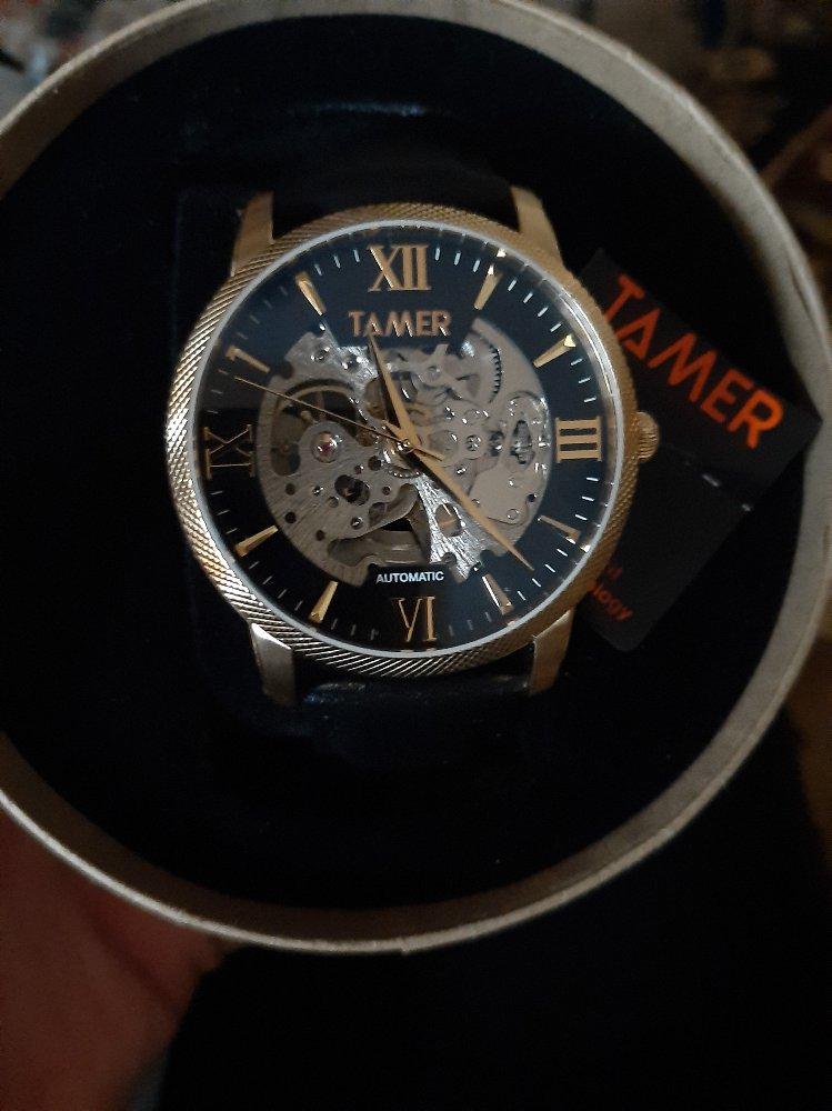 Часы были куплены в подарок