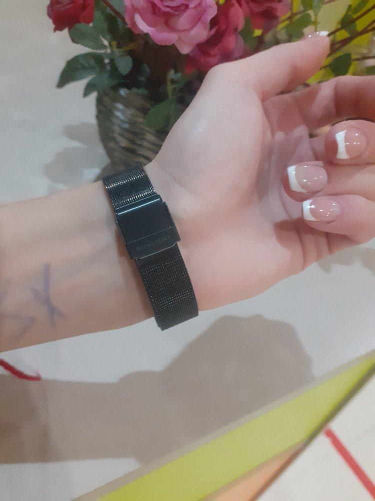 Приобрела по скидки часы,очень рада!