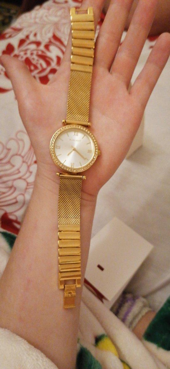Часы супер! покупал в подарок жене. берите не пожалеете!