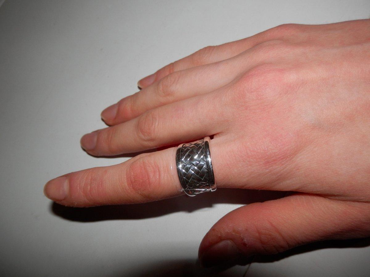 Плетёное кольцо.