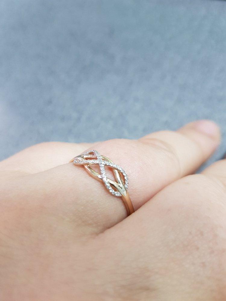Нежное колечеа-символ бесконечности!!!