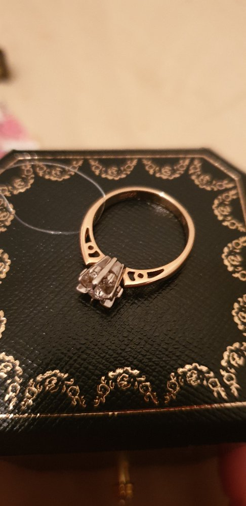Шикарное кольцо! бриллианты якутии просто космос!