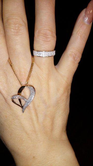 Кольцо под сердечко...
