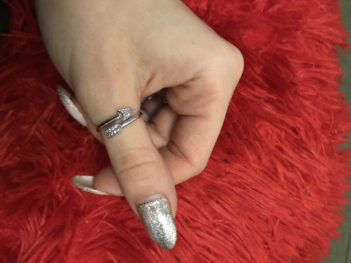 Искала подходящее колечко на большой палец