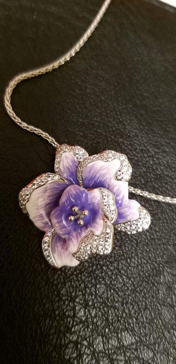 Подвеска цветок орхидея.