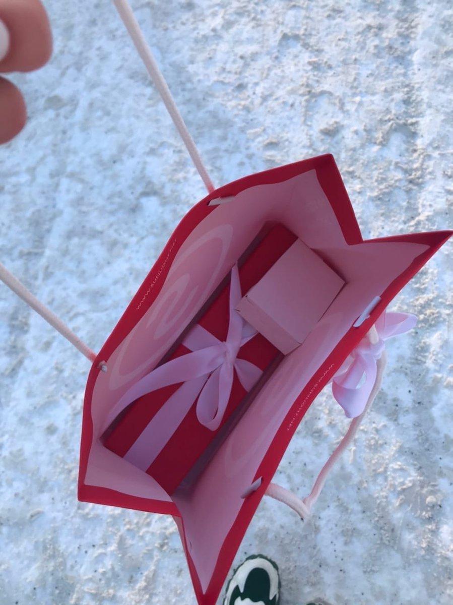 Приобрела сегодня цепочку с крестиком в подарок