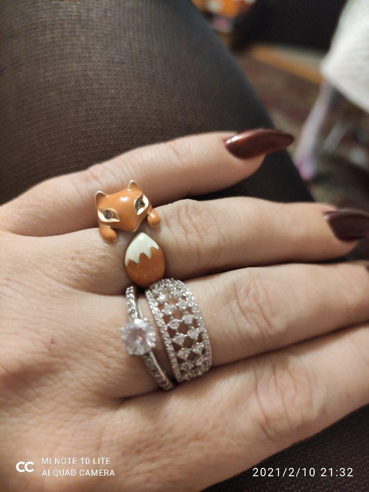 Кольцо нежное и стильное