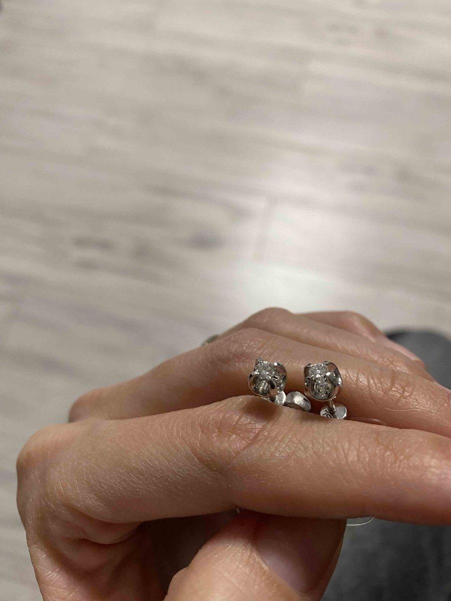 Пусеты с бриллиантами!