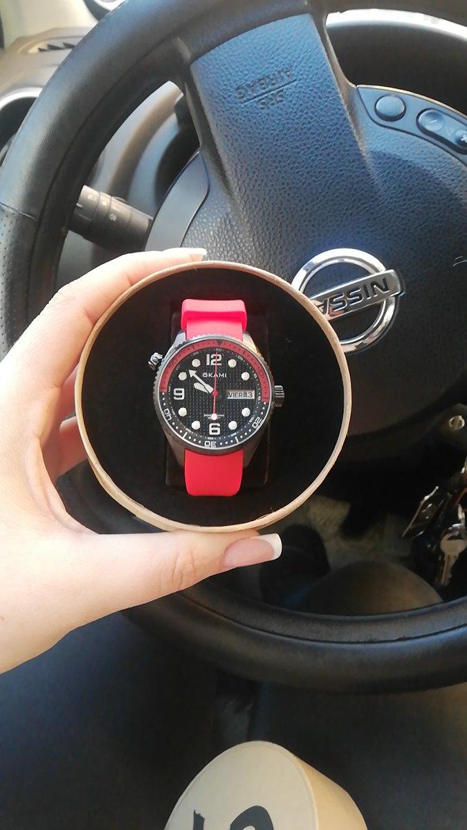 Отличные часы, унисекс