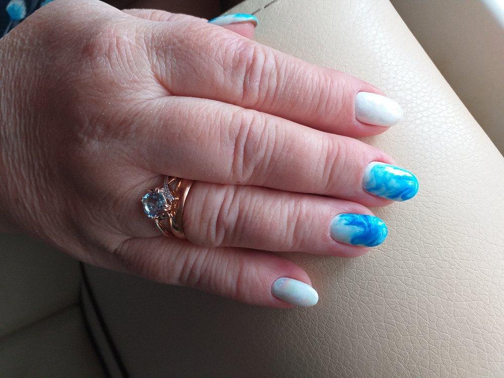 Комплект серьги и кольцо с топазом