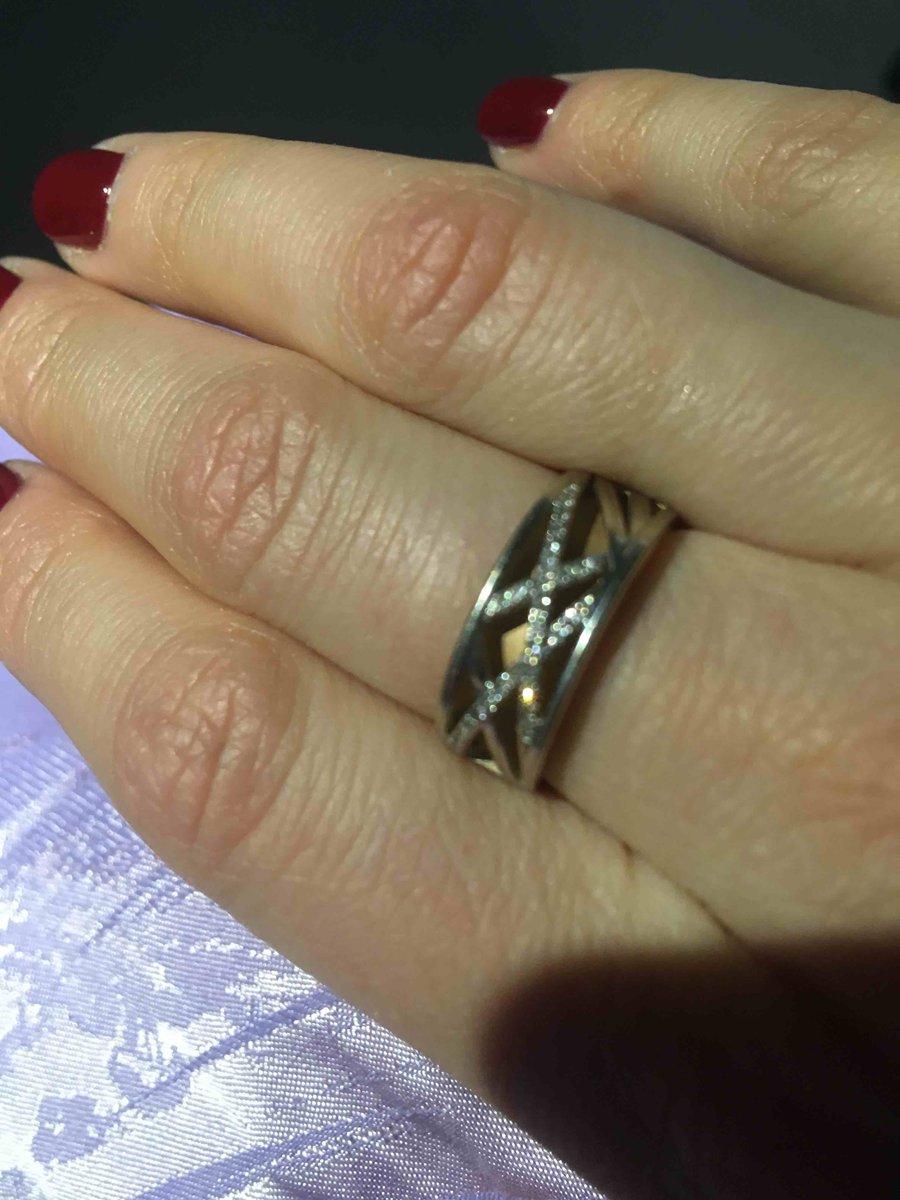 Обалденное кольцо!)