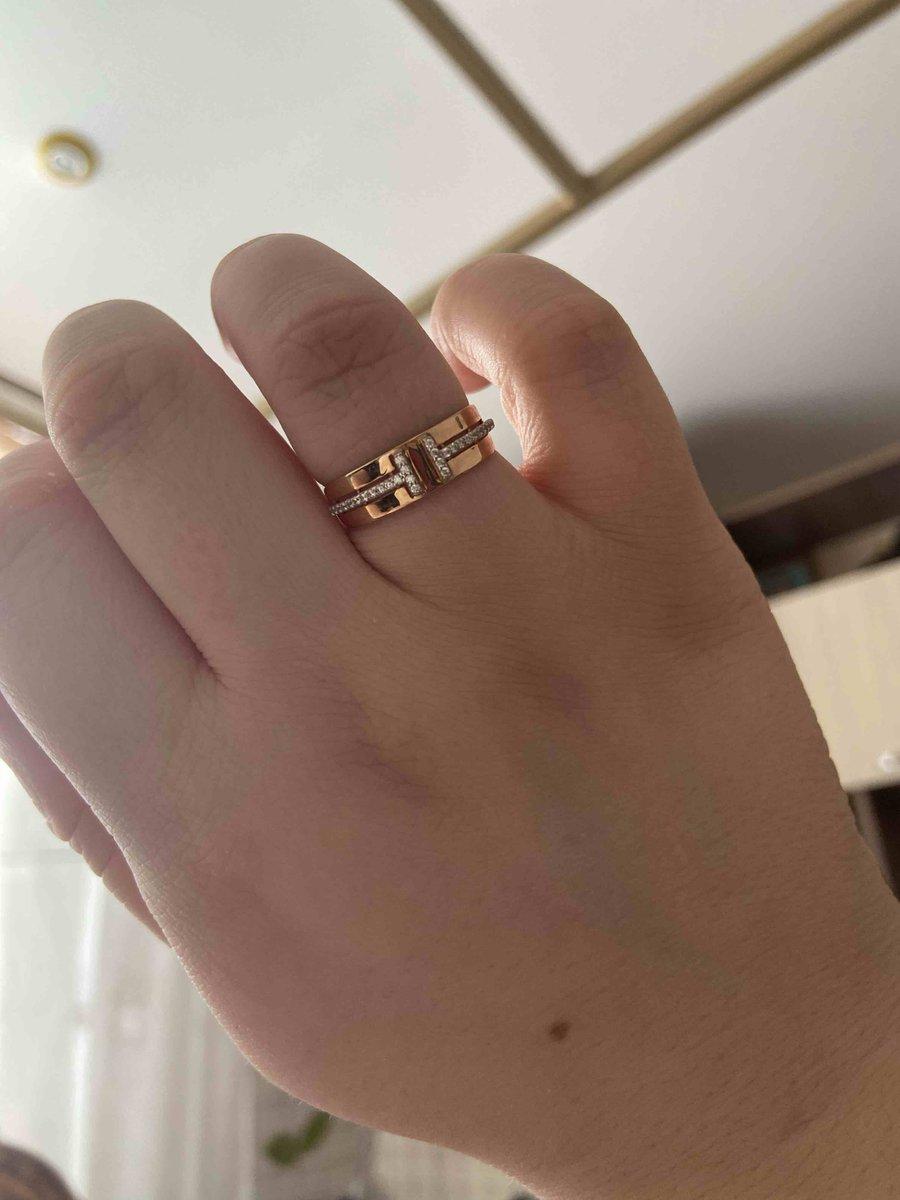 Шикарное кольцо с фианитами🌟