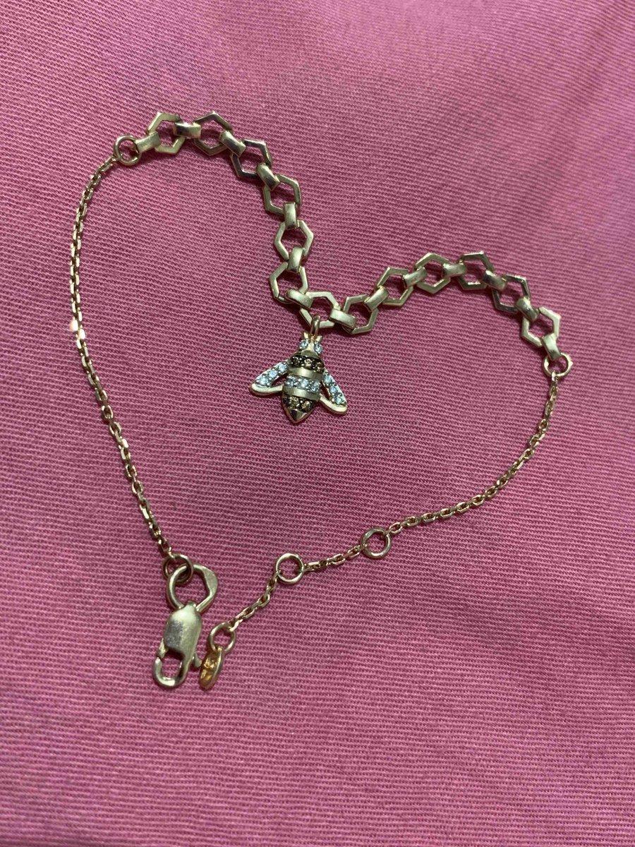 Все спрашивают где нашла такой браслет!выбирала на подарок в день рождения
