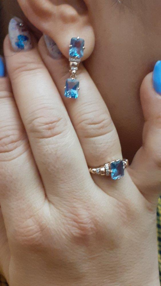 Серебряное кольцо с турмалинами и фианитами.