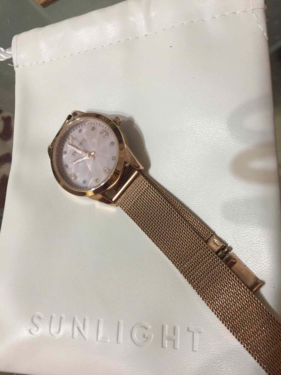 Давно не покупала себе часы...