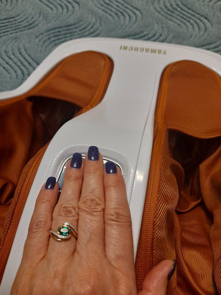 Кольцо с изумоудом