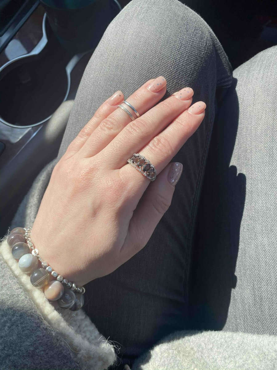 Прекрасное кольцо, не пожалела