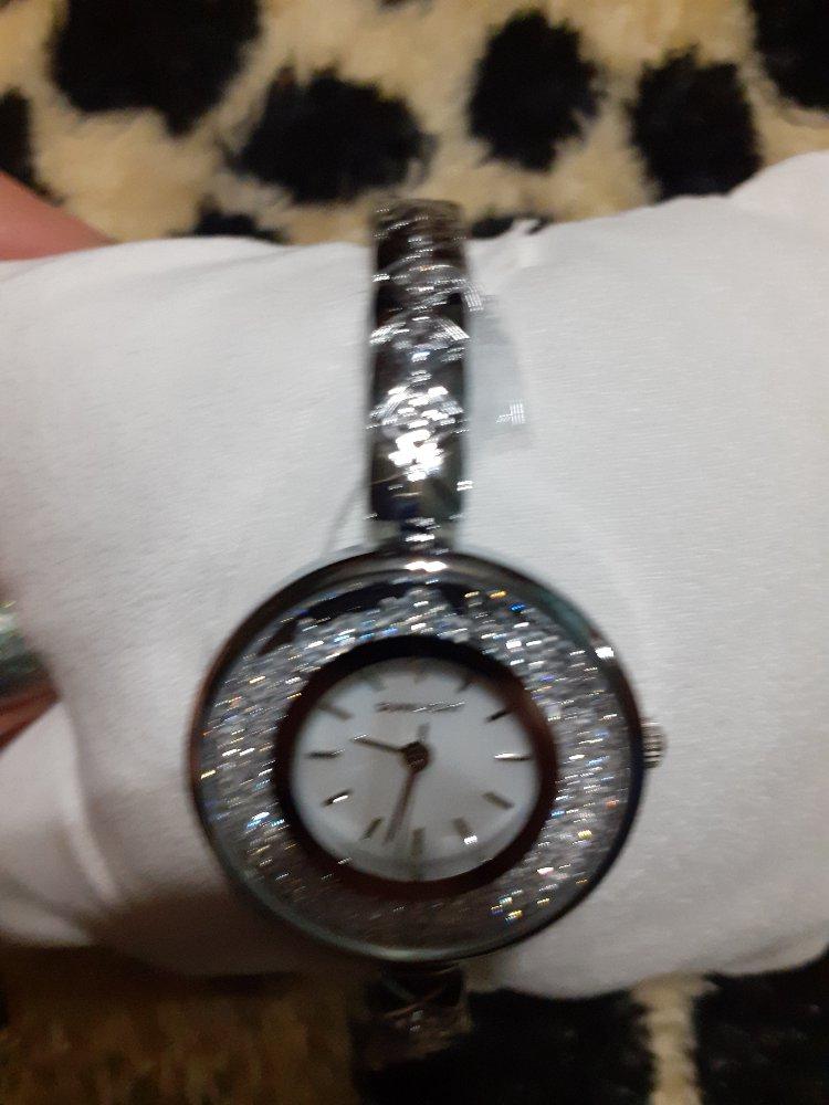 Шикарные часы под серебро
