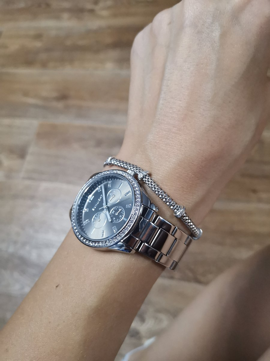 Часы классные!!!