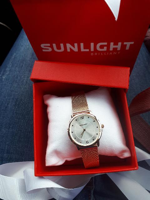 Красивые часы.)))