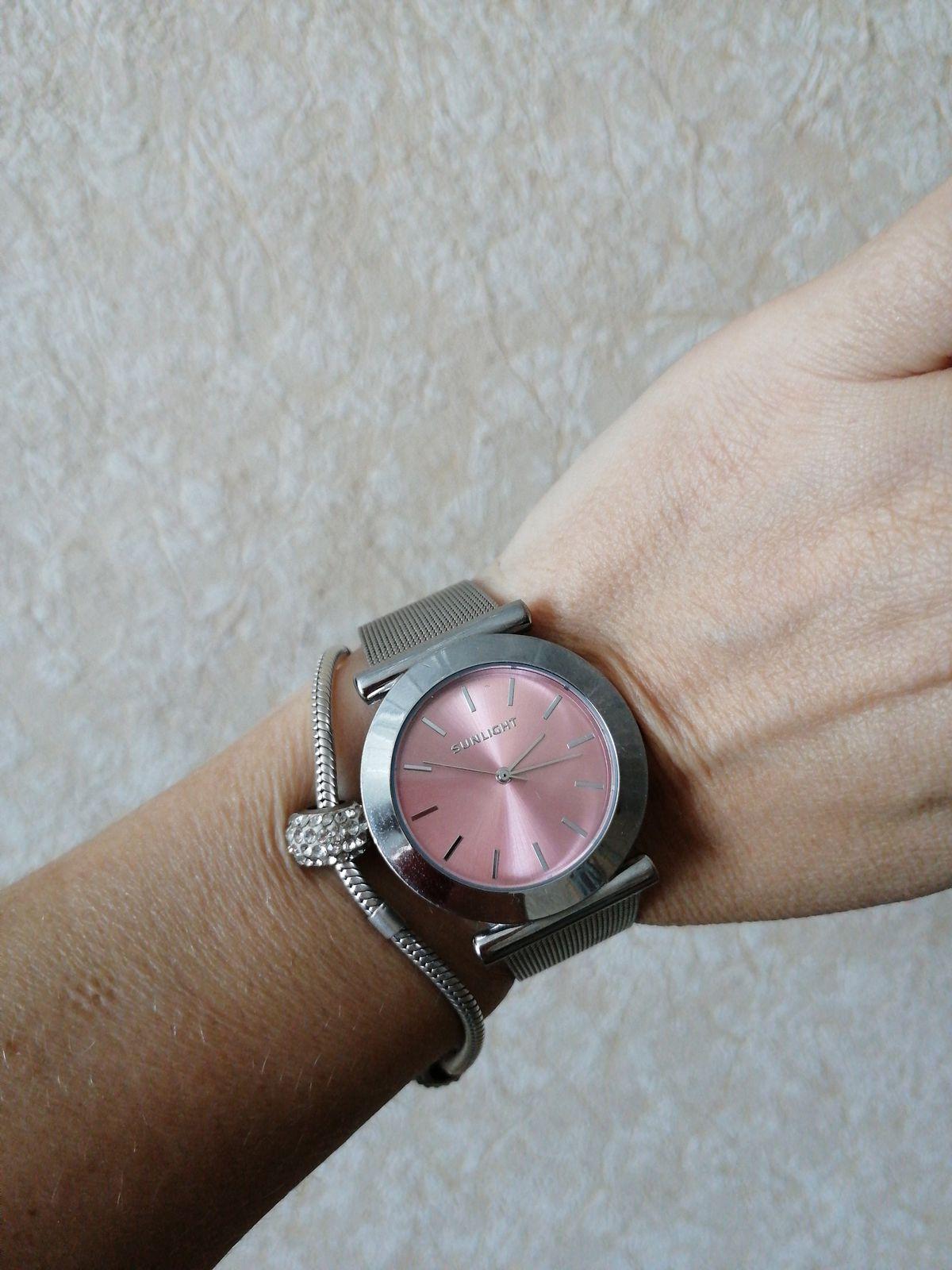 Часы-мой фаворит.