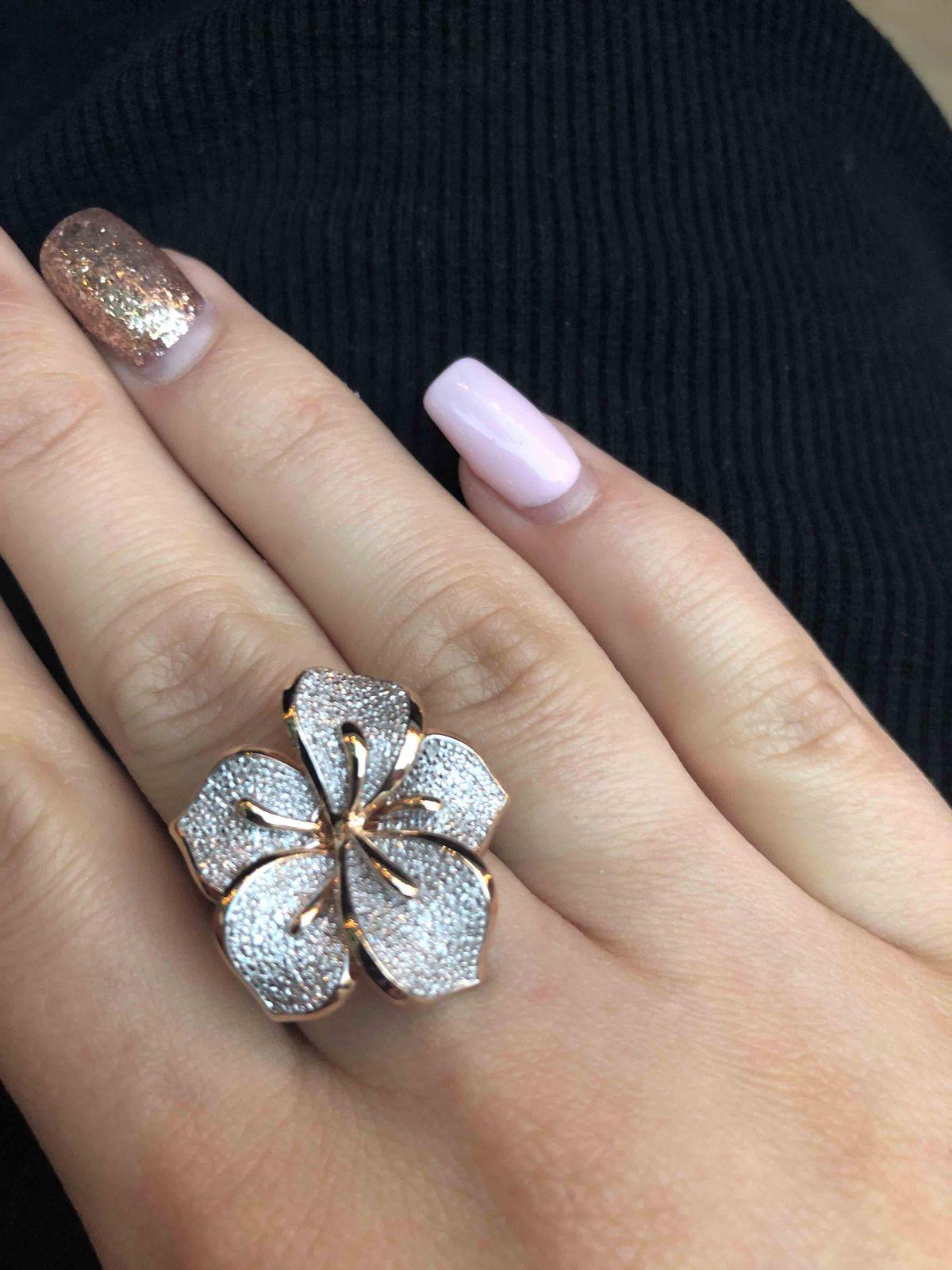 Обворожительное кольцо