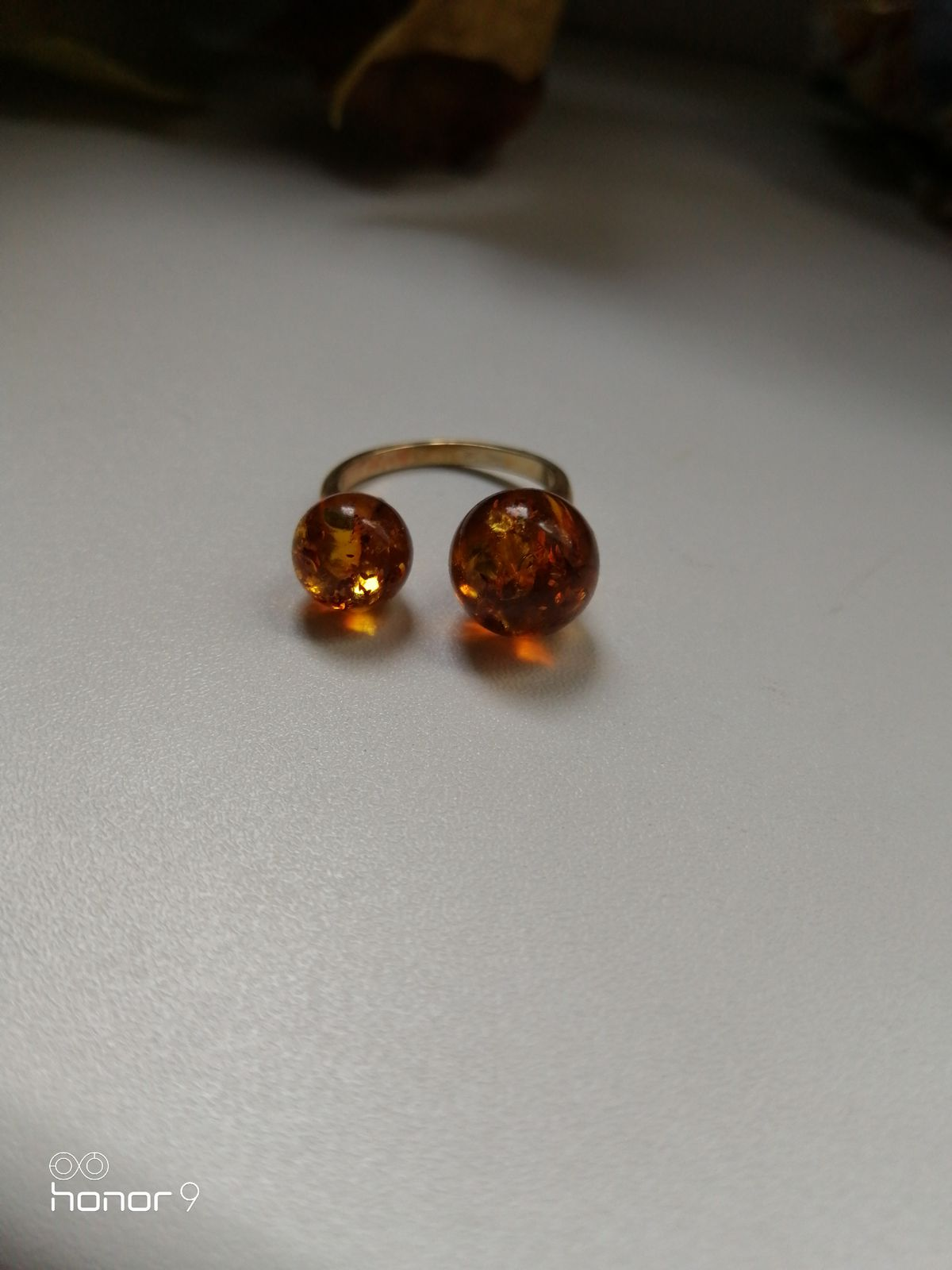 Серебряное кольцо с янтаря 17