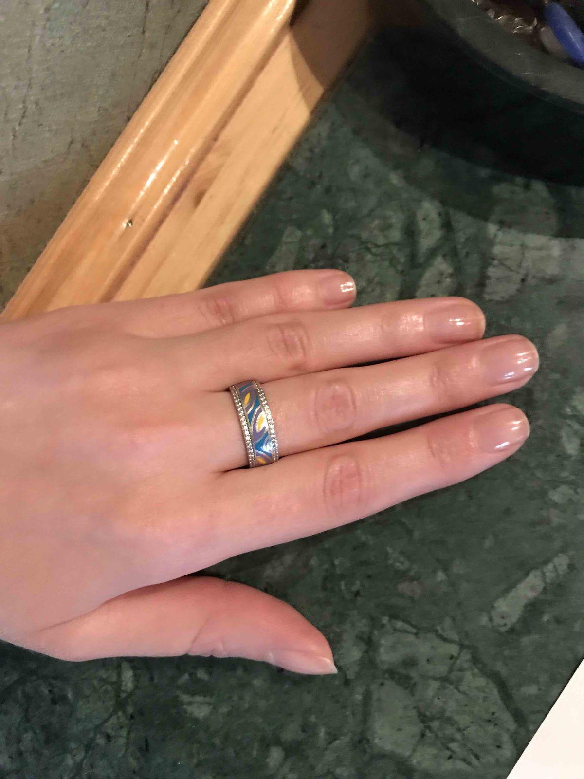 Эффектное серебряное кольцо