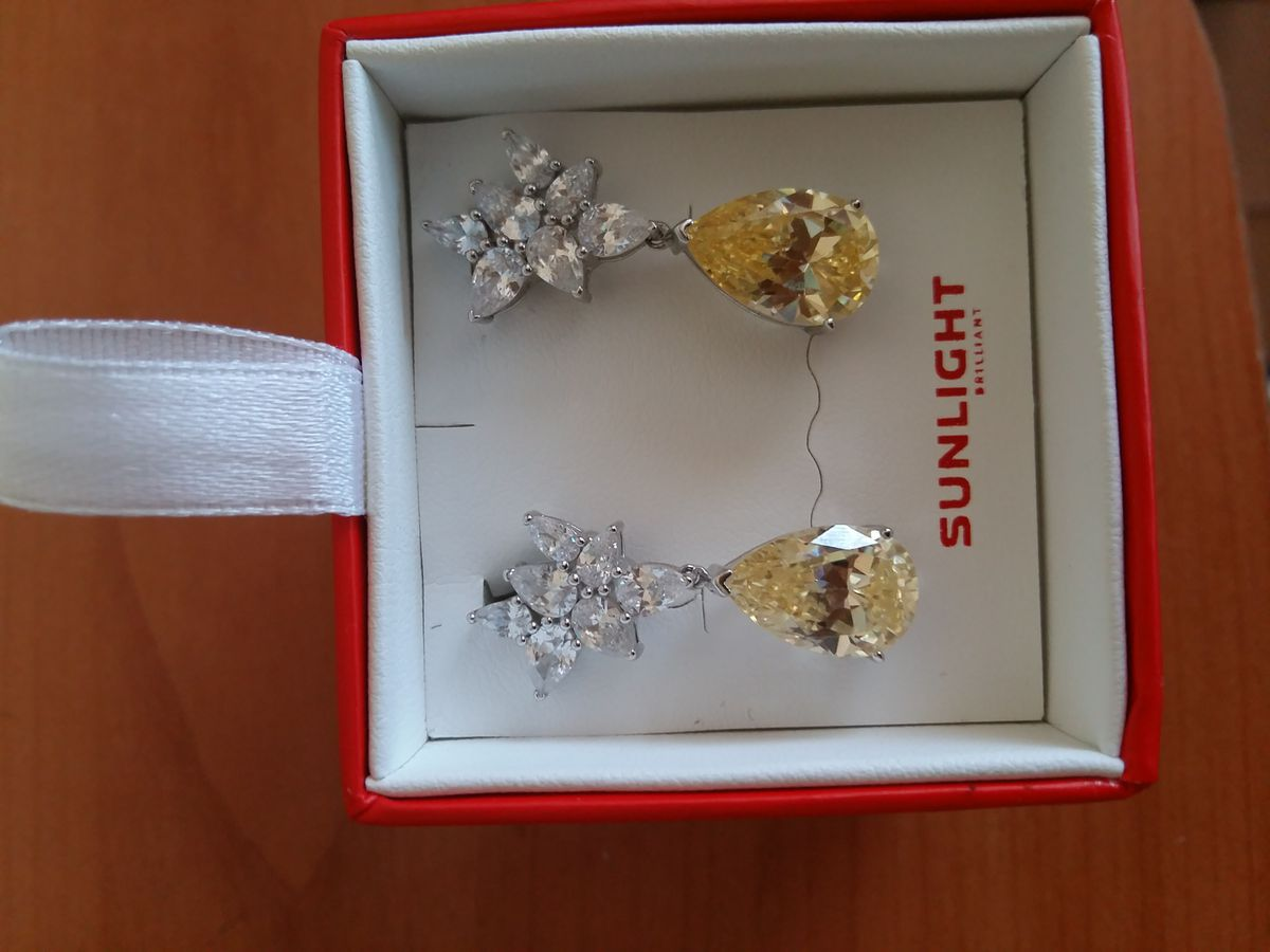 Подарок на 8 марта от любимого мужа)