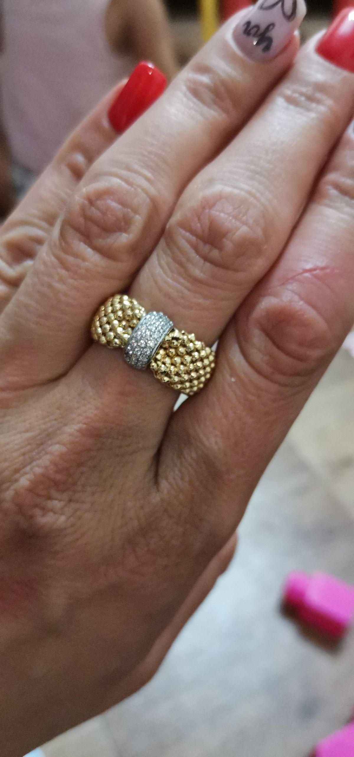 Кольцо, которое обращает на себя внимание!